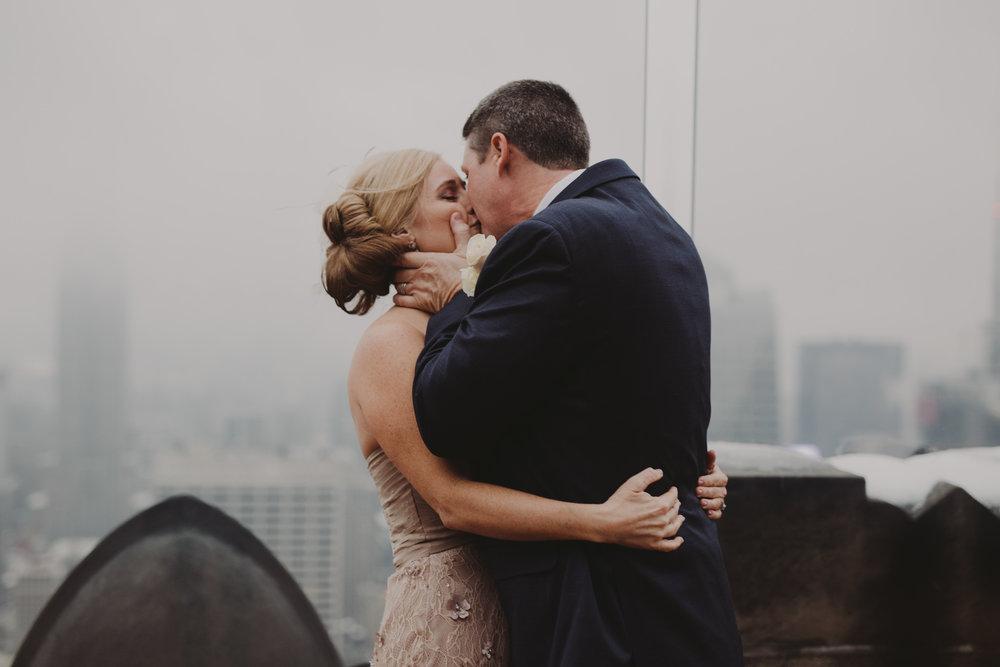 top-of-the-rock-elopement-wedding-photographer-elopednyc_10A.jpg