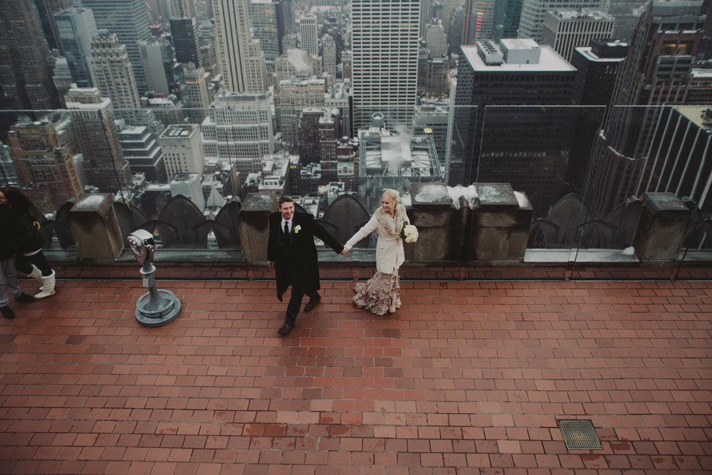 top-of-the-rock-elopement-wedding-photographer-elopednyc_13.jpg