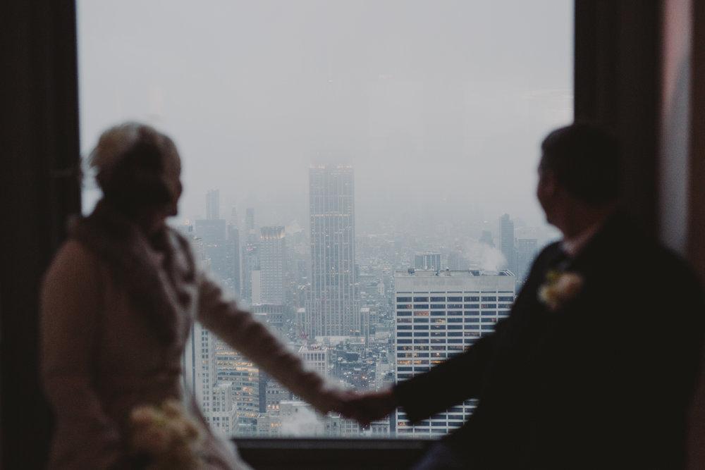 top-of-the-rock-elopement-wedding-photographer-elopednyc_19.jpg