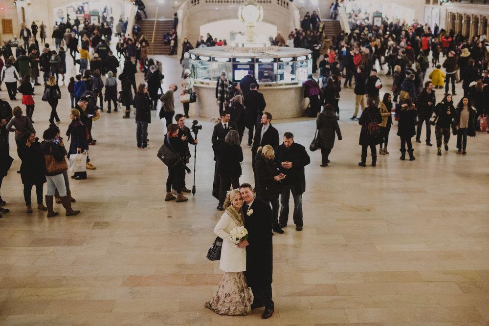 top-of-the-rock-elopement-wedding-photographer-elopednyc_22.jpg