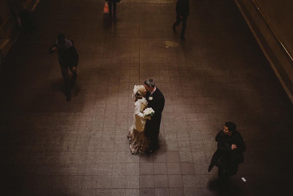 top-of-the-rock-elopement-wedding-photographer-elopednyc_24.jpg