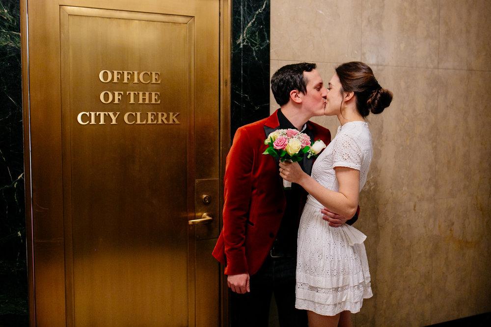 city-hall-elopement-photographer-brooklyn-bridge_05.jpg