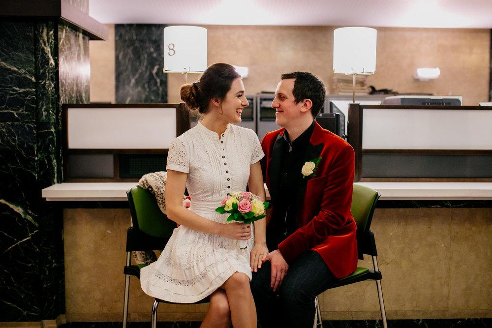city-hall-elopement-photographer-brooklyn-bridge_08.jpg