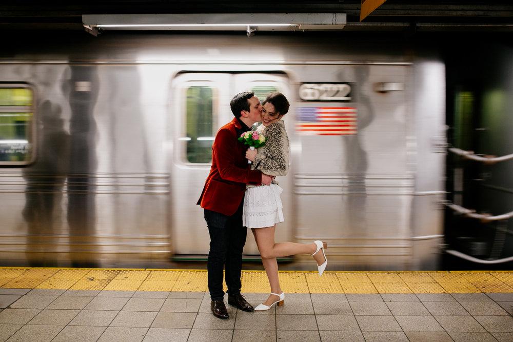 city-hall-elopement-photographer-brooklyn-bridge_20.jpg