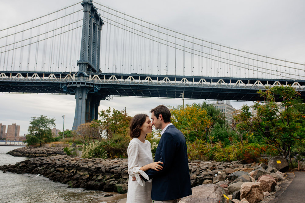 elopednyc-nyc-elopement-photographer-brooklyn-bridge-fall_02.JPG