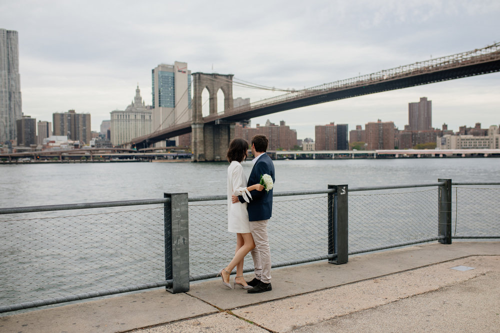 elopednyc-nyc-elopement-photographer-brooklyn-bridge-fall_09.JPG
