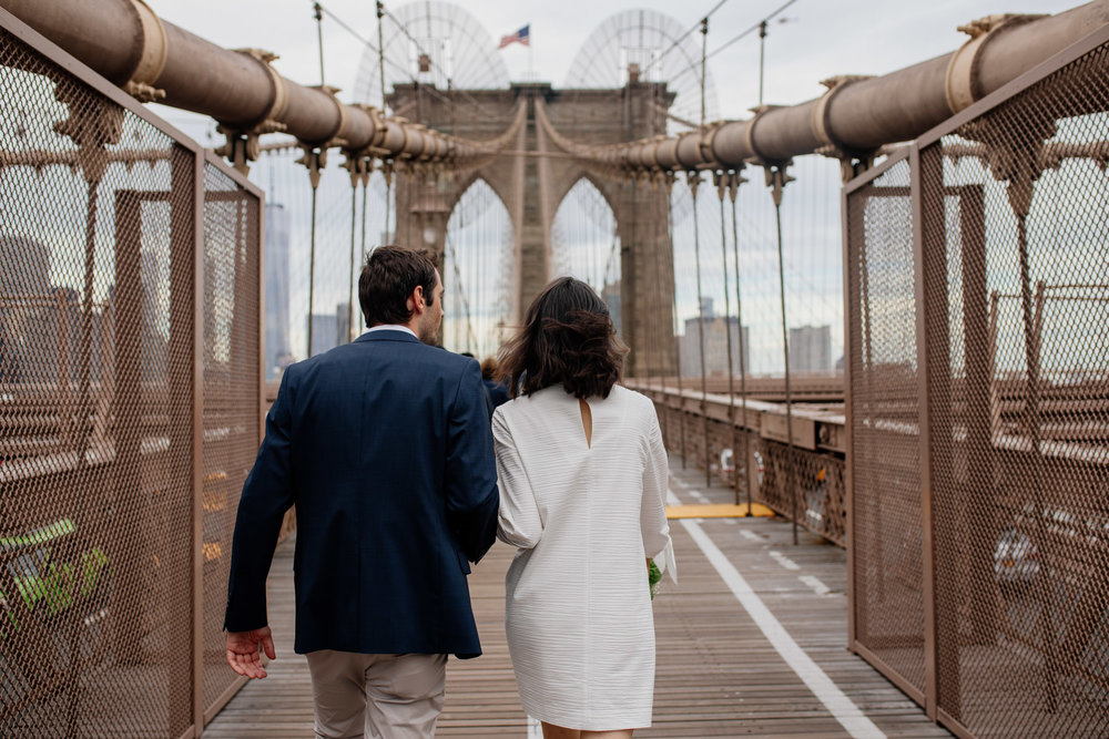 elopednyc-nyc-elopement-photographer-brooklyn-bridge-fall_14.JPG