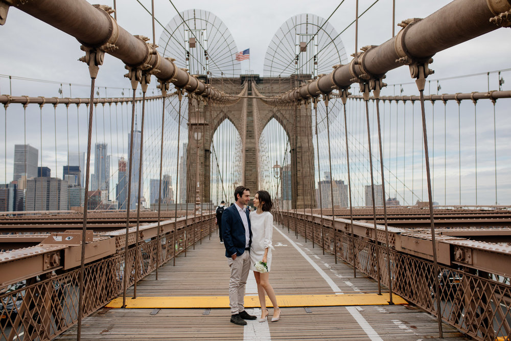 elopednyc-nyc-elopement-photographer-brooklyn-bridge-fall_15.JPG