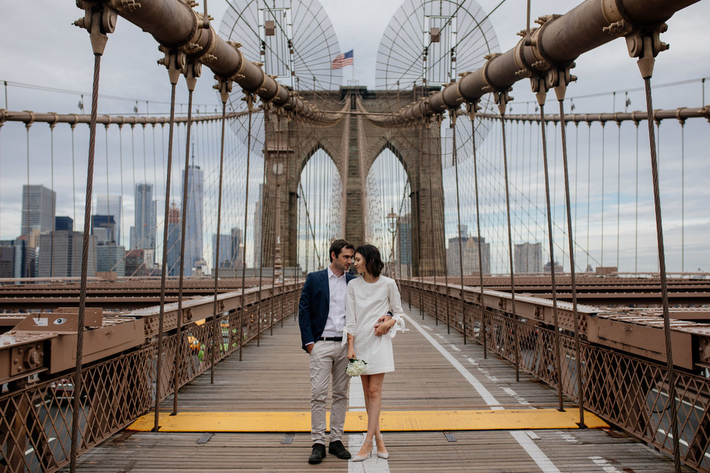 elopednyc-nyc-elopement-photographer-brooklyn-bridge-fall_16.JPG