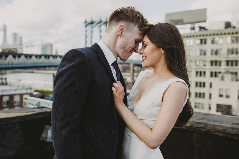 dumbo-brooklyn-rooftop-elopement-wedding-photographer_11.jpg
