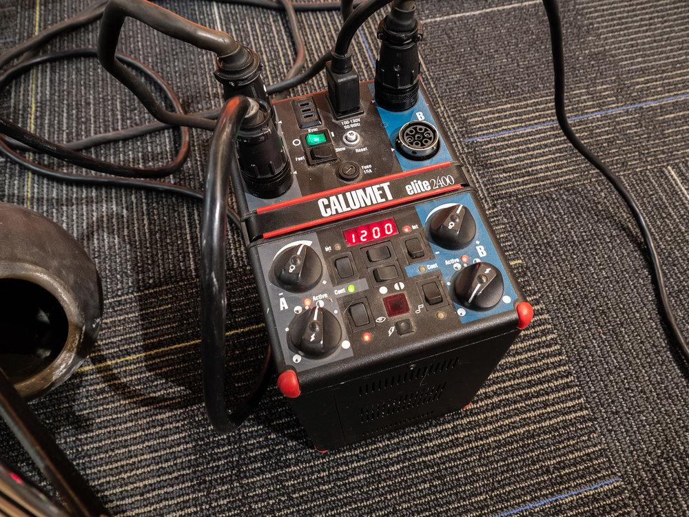 2400 watt power pack
