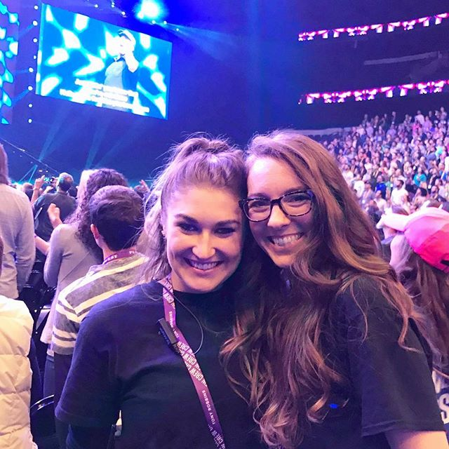 If I told you that every single event would gift you a lifelong friend, would you go? #tonyrobbins #upwchicago2018 #upwchicago @jenniemichellee 💓