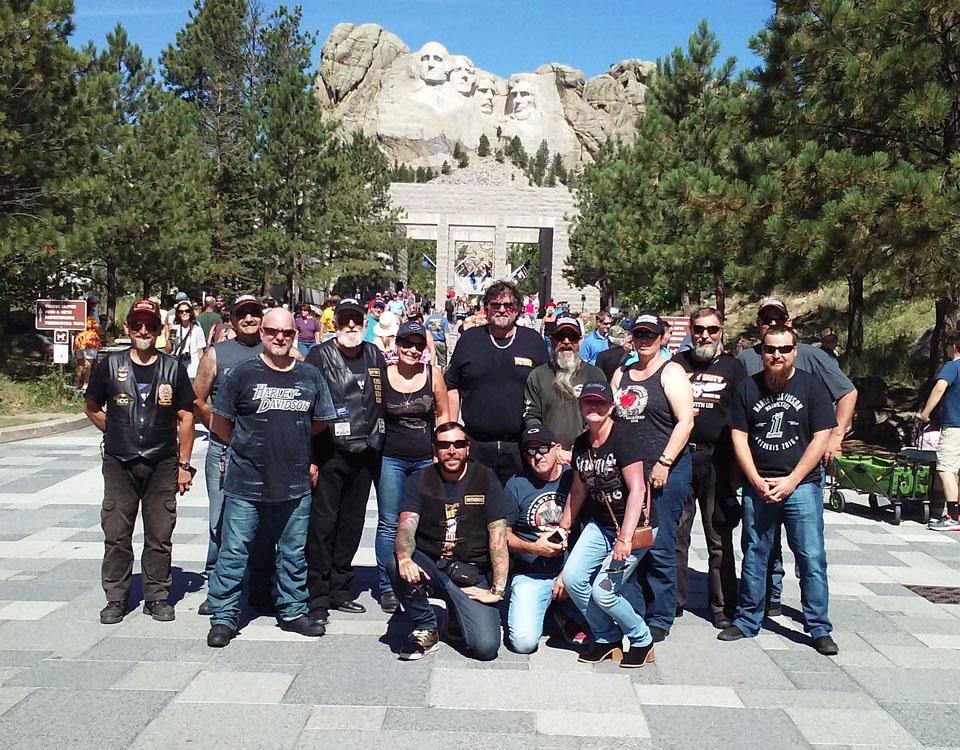 HD149-Tour Crew.jpg