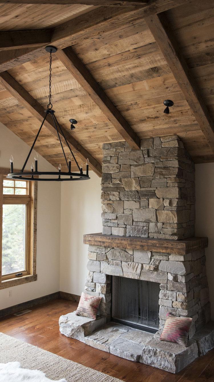 Reclaimed+Ceiling+Beams+Dakota+Timber+Co+North+Dakota.JPG
