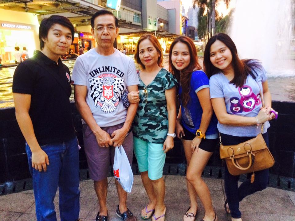 Ate Del and her family in Manila.