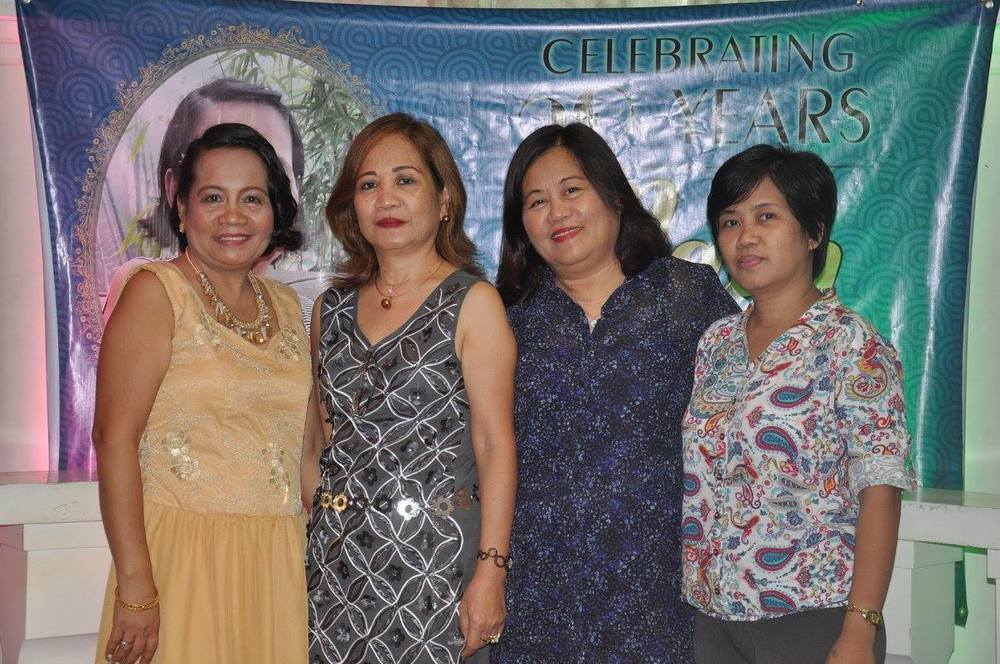 My four sisters, Ate May, Ate Del, Ate Grace and Ate Felyn (from the eldest to the youngest). Photo taken in 2015 on Ate May's 60th birthday celebration.