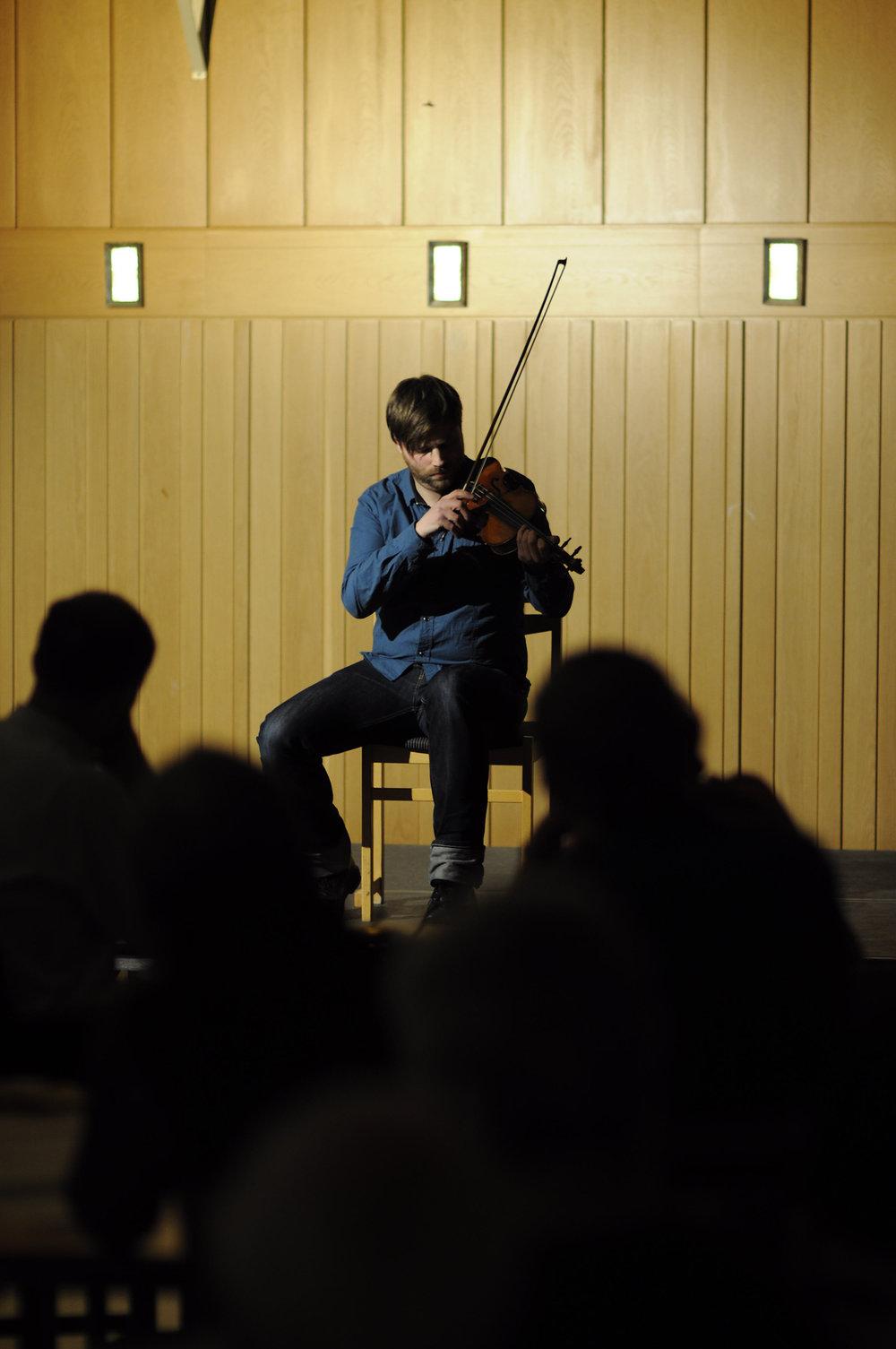 Anders Nygårds på Folkmusiknatta 2010. Foto: Jon Holmén