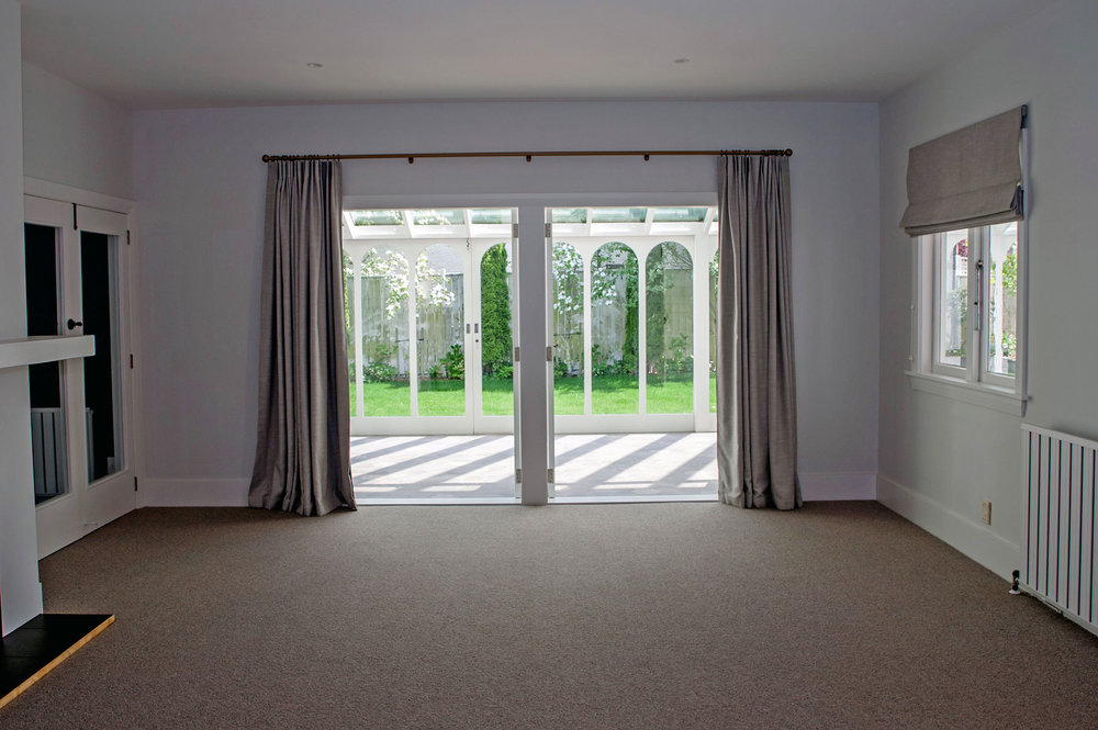 Merivale Villa - Family Room Drapes