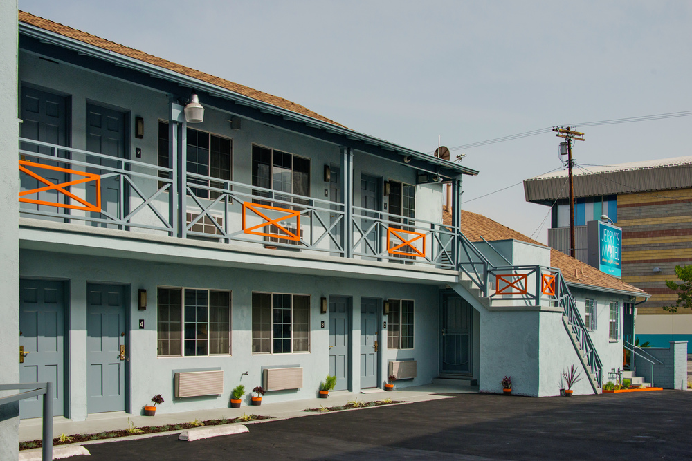 Jerry's Motel exterior corridor