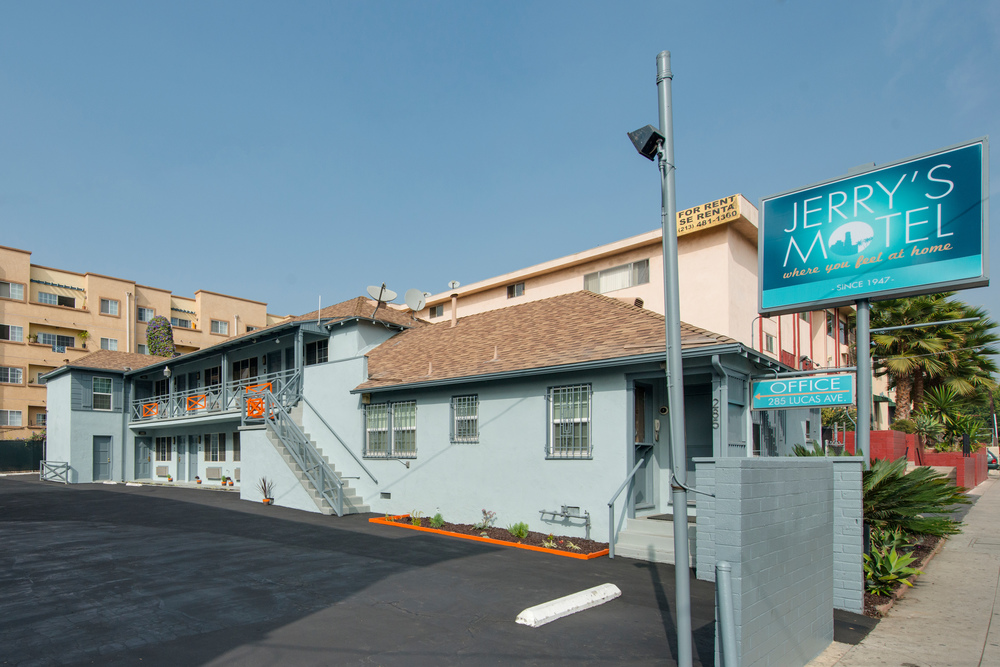 Jerry's Motel exterior shot