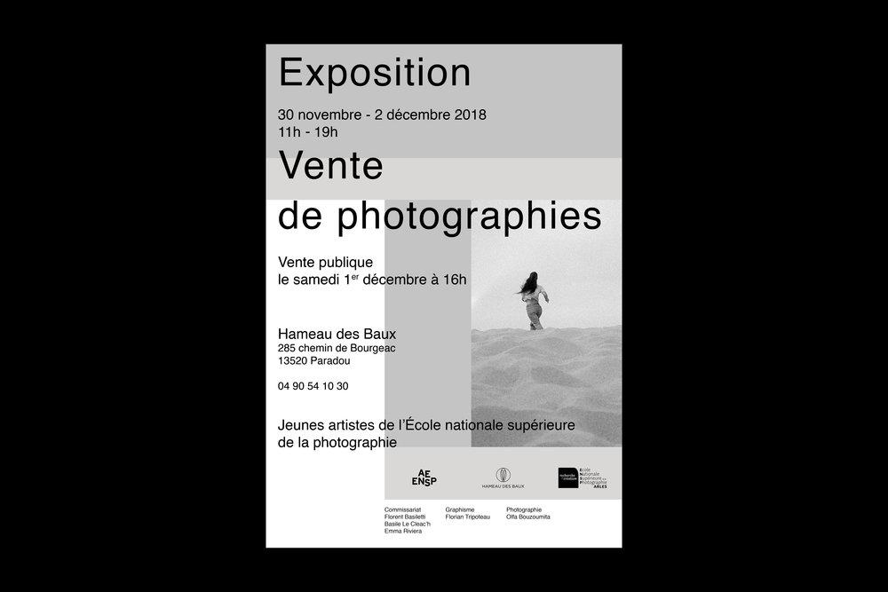 Affiche pour l' Exposition - Vente de photographie 2018 de l'@ AE Ensp au Hameau des Baux .