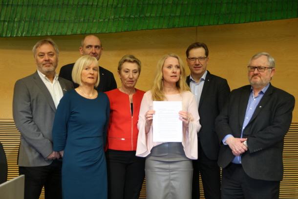 Regjeringen og partene er enige: Ny pensjonsordning for offentlig sektor Foto: Jan Richard Kjelstrup/ASD