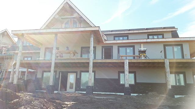 New home we worked on in 2014/15. Mix of ICF and timber frame construction. Those logging guys are impressive! We did all the conventional framing on this project -  floor systems, partitions and the roof, as well as the finishing inside. #customhome #framing #carpentry #woodworking
