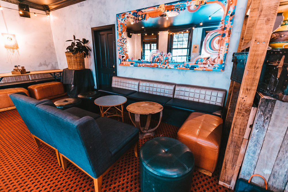 Public House Petersham - Gizmo Lounge