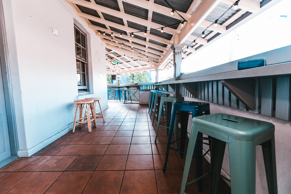Public House Petersham - Gizmo Lounge 5