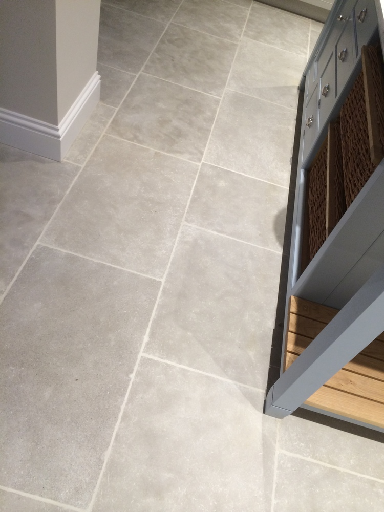Morocco Grey Limestone Tile Post Rock And Wood