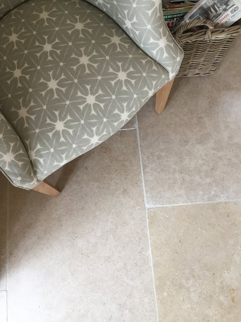 Style blog blog rock and wood lambourne limestone flag the lambourne limestone is a very hard wearing flagstone and will work well in any setting whether you are looking for a grey dailygadgetfo Images