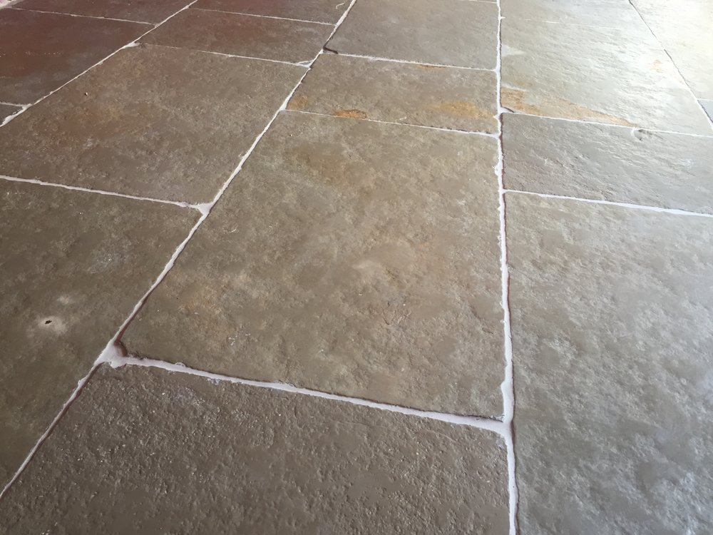 Chollah Beige Indian Limestone Tile Post Rock And Wood