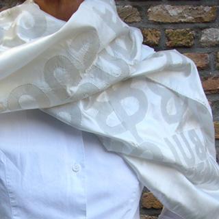 _scarfs_white_on_white.jpg