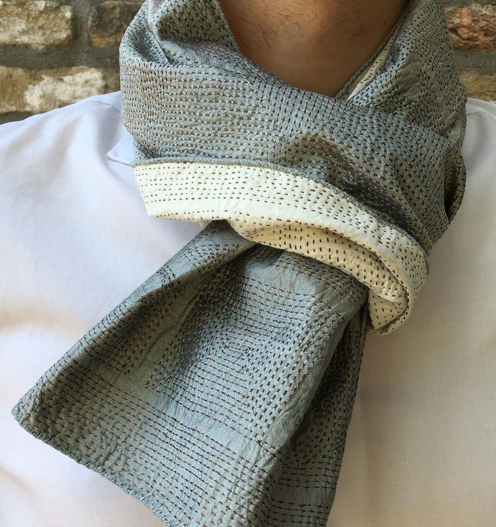 _scarf_silver_02.jpg