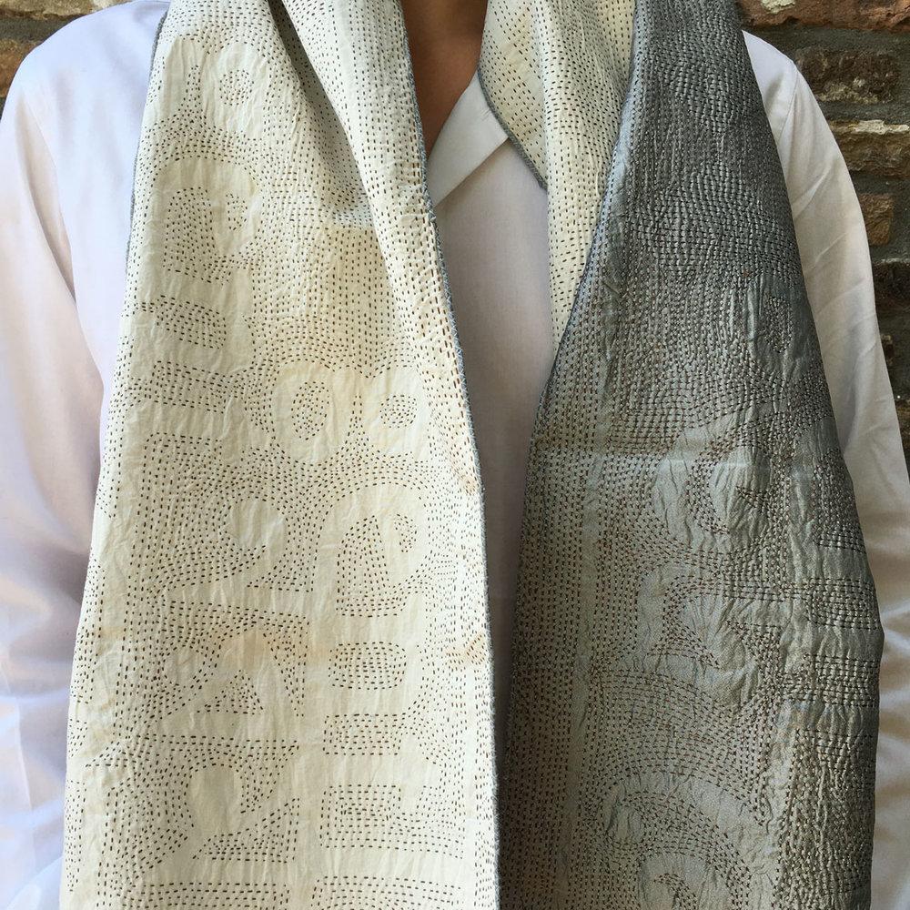 _scarf_silver_03.jpg