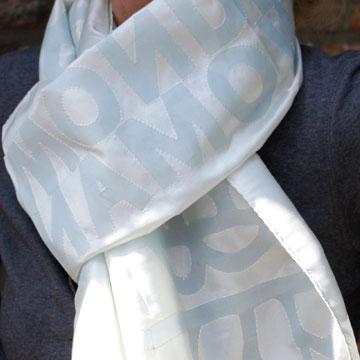 _scarf_lightblue_on_white.jpg