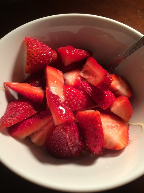Pre-defense party last night, I had a little snack of greek yogurt with strawberries to fill me up before we went out! It totally hit the spot!