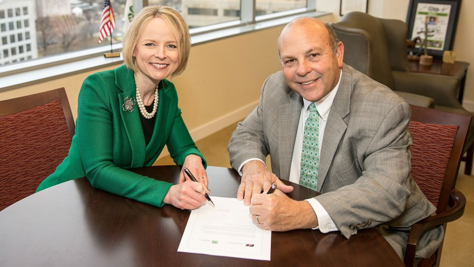Jennifer Sirangelo, president and CEO, National 4-H Council and Zippy Duvall, president, AFBF.
