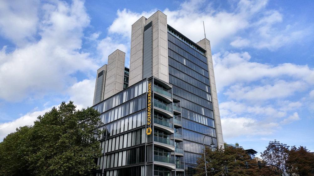 Bild von der Commerzbank in Köln mit der Handykamera LG G5