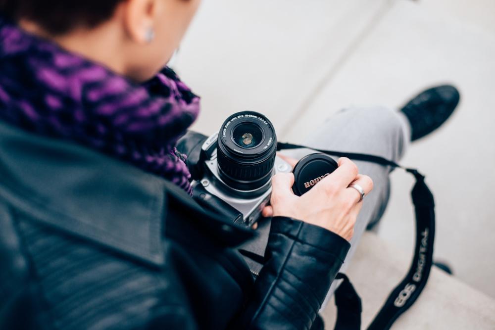 Teilnehmerin beim Fotografie-Kurs in Köln
