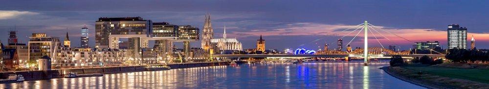 Köln Panorama von der Südbrücke aus