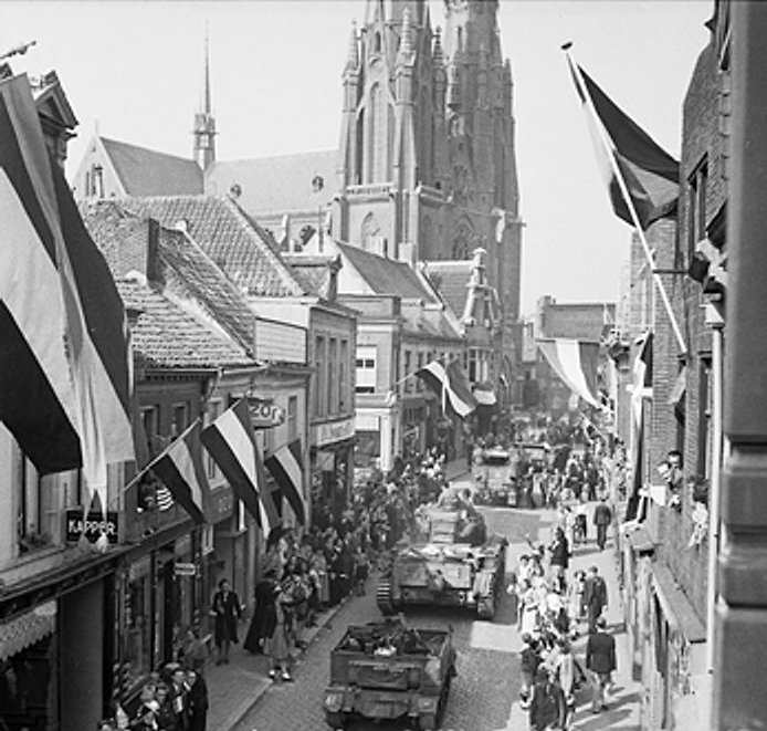 Downtown scene during WW II, 1944.