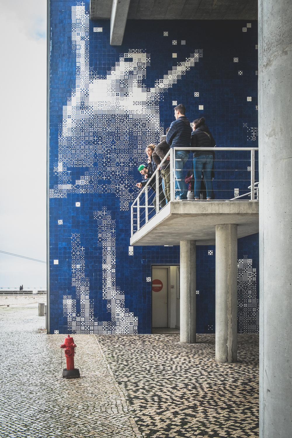 This is not a Christmas tree but it does help to build up the festive mood. The Portuguese blue tile is well represented as a giant snow man.