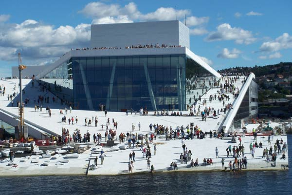 Oslo Opera House, elevated landscape turned building.