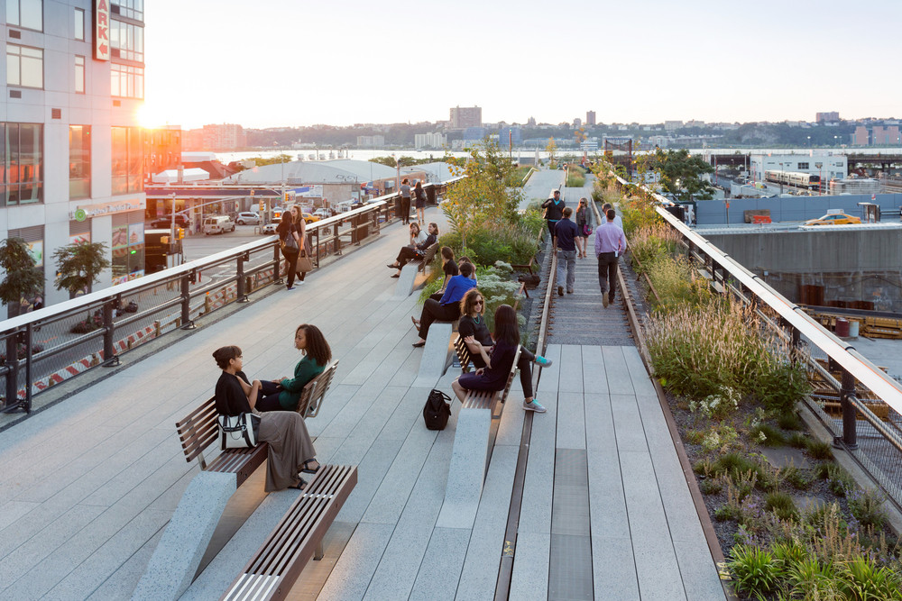 Highline, elevated park in New York