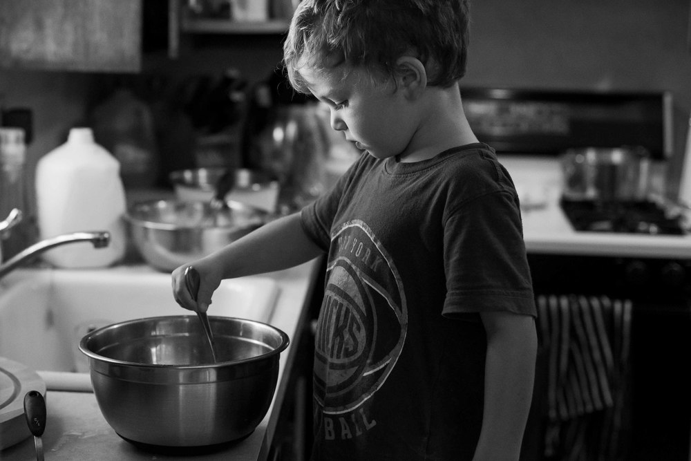 little boy making pancakes, candid photography, bergen county, erika kao photography