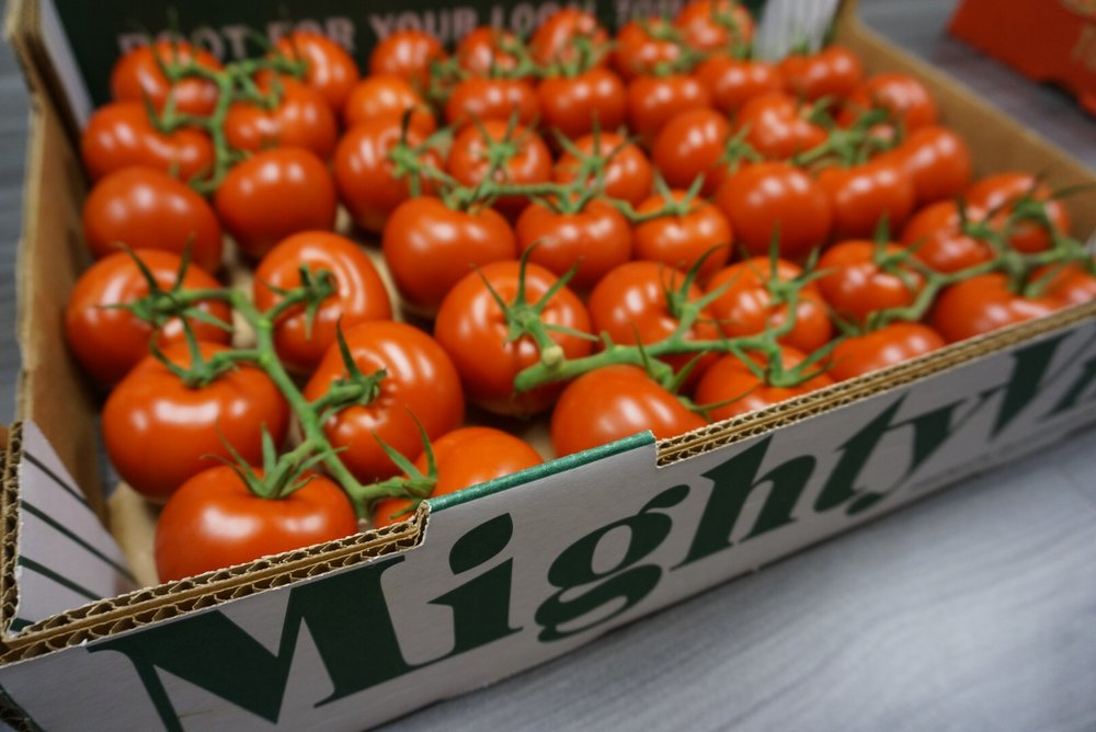 CW Iowa Live - MightyVine tomatoes at Hy-Vee: 3/21/17