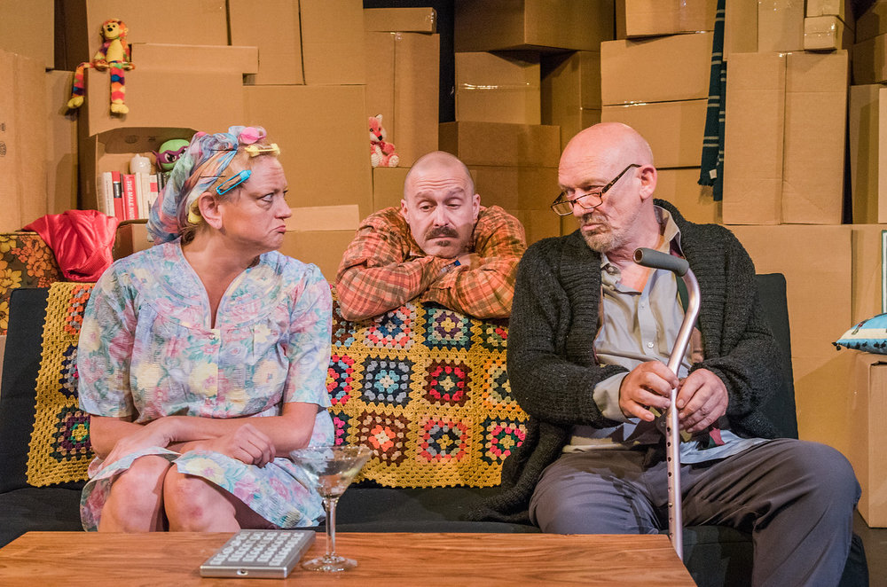 The Apple and the Tree, Julie Reifers as Betsy, John Warren as Trevor, Richard Mazda as Walter