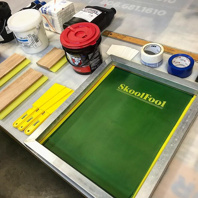 Getting ready to start doing live screen printing! #liveprinting #livescreenprinting #skoolfool