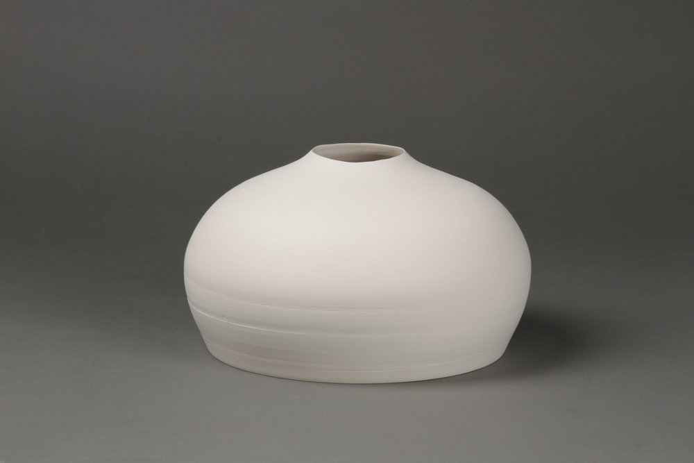 Flower vase   Clay 15 x 26 x 26 cm 2010